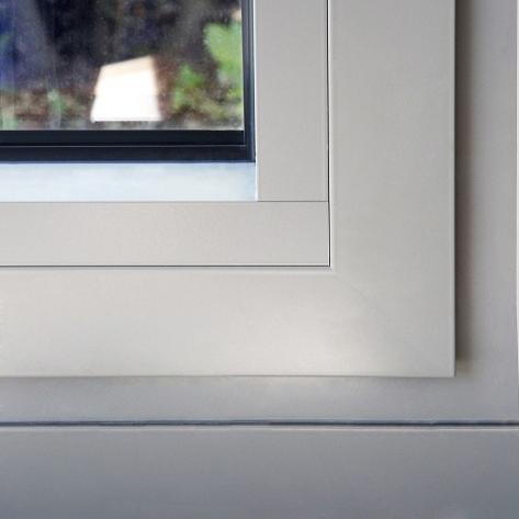 """Le design """"fonctionnel"""" de Reynaers Aluminium pour des fenêtres simples vous est proposé par Europortes"""