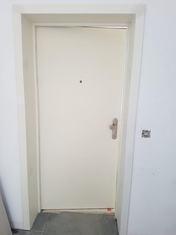 porte blindée pré-peinte posée par europortes